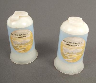 Salt And Pepper Shakers, 'Grand Rapids'