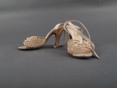 Shoes (1 Pr.)