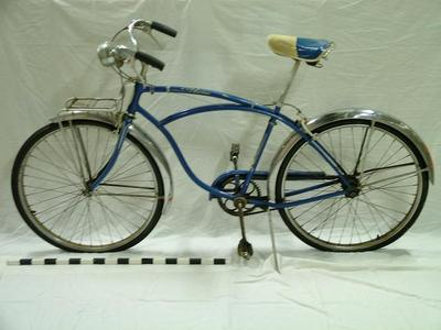 Schwinn Bicycle, Men's, Auburn Hills Neighborhood Archival Collection #140, Spencer Family