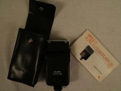 Camera, Minolta Auto Electroflash 28/32