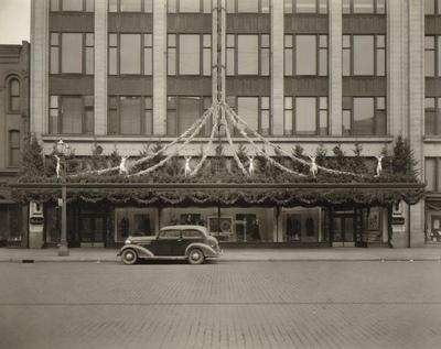 Photograph, Wurzburg's Department Store, Christmas Decorations
