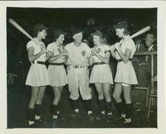 Photograph, Grand Rapids Chicks Players With Manager John Rawlings,  All-American Girls Baseball League Archival Collection #66