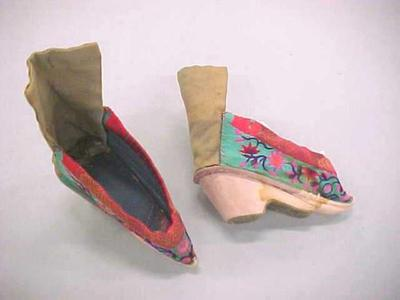 Chinese Shoes For Bound Feet