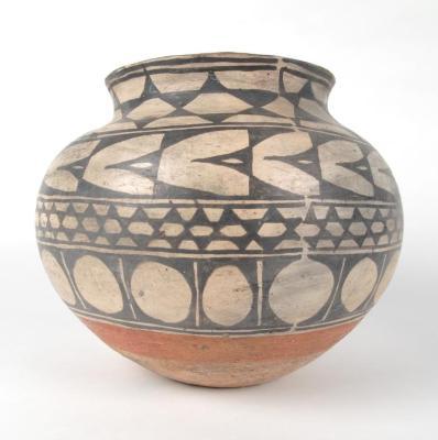 Tinaja Vase Or Jar