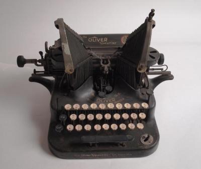 Oliver Typewriter - Standard Visible Writer #5