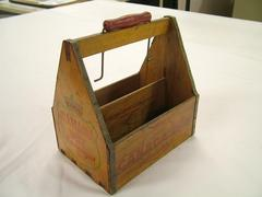 Bottle Carrier, Canada Dry