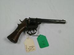 Revolver, Raphael Revolver