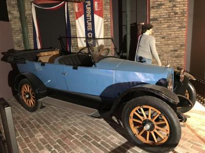 Lorraine Touring Car