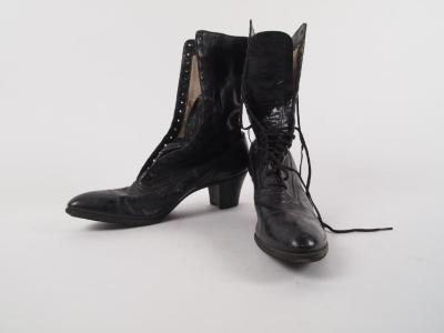 Boots, Woman's